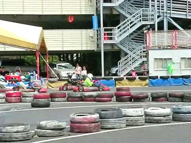 Kartoff♪ ExhibitionRaceMovie カートオフ エキシビションレース City Kart シティカート Rental レンタルカート 映像 動画 走行 比較 追い込み テールトゥーノーズ TailtoNose 速さ 違い