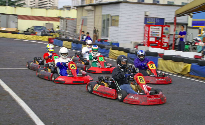 Kartoff��@���[�X�X�^�[�g�@Race�@Start�@���W�@City Kart                     �V�e�B�J�[�g